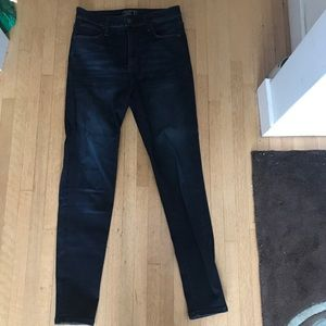 EUC dark wash abercrombie jeans
